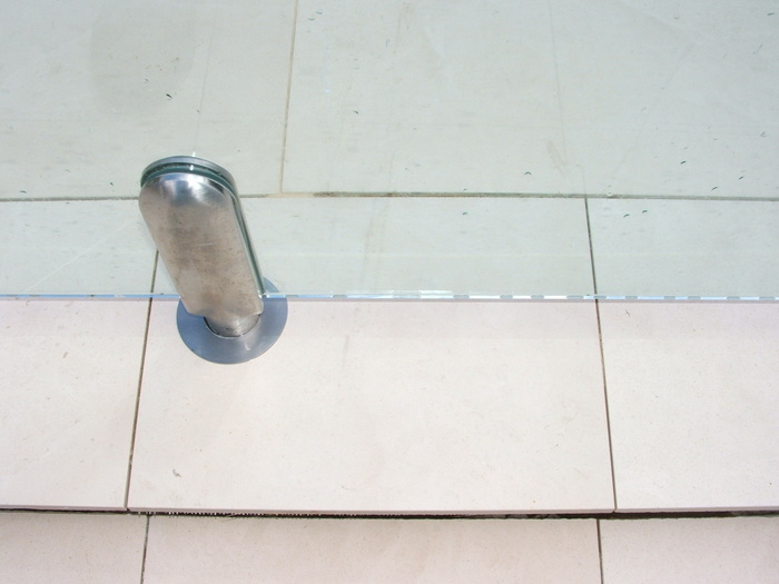 Tiling is clean and grouting immaculate